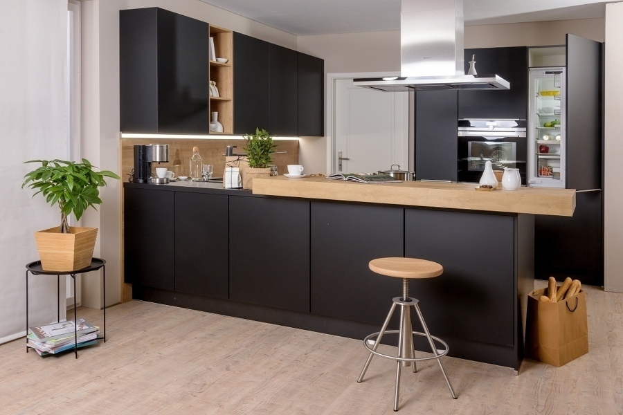 diehl viertler die k chenhelden in r desheim wiesbaden. Black Bedroom Furniture Sets. Home Design Ideas
